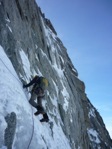 Grandes Jorasses north face, climb, alpine climbing, Alpine Energy Guiding, mountaineering & ski adventures, Andrew Lanham Mountain Guide, Chamonix, Aosta Valley, Swiss, lyngen alps