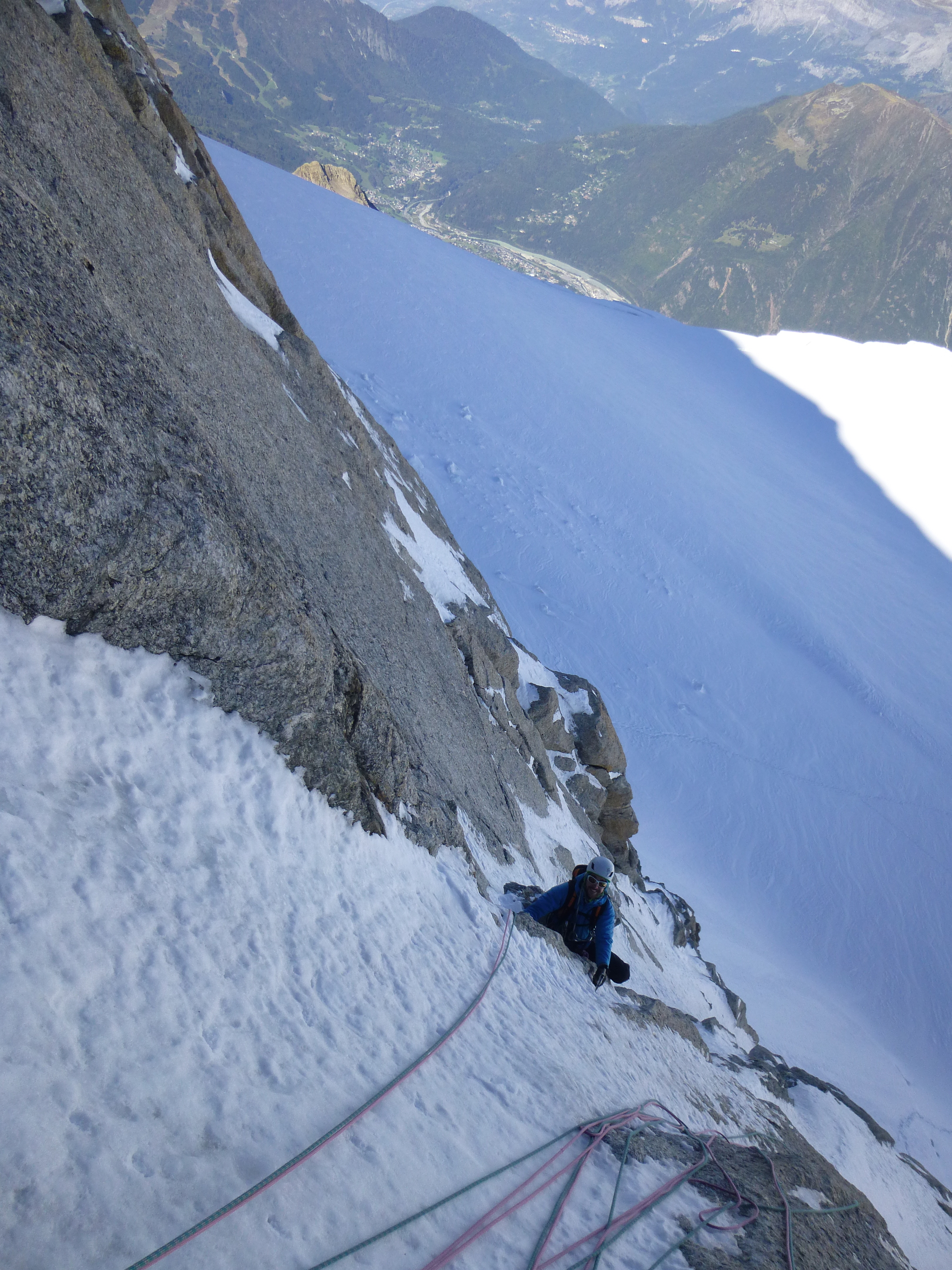 Guillaume in a mixed route on the Tacul triange