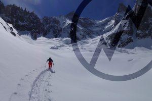 Breche Puiseux, Ski touring, freeride, off-piste, backcountry, Alpine Energy Guiding, mountaineering & ski adventures, Andrew Lanham Mountain Guide, Chamonix, Aosta Valley, Swiss, lyngen alps