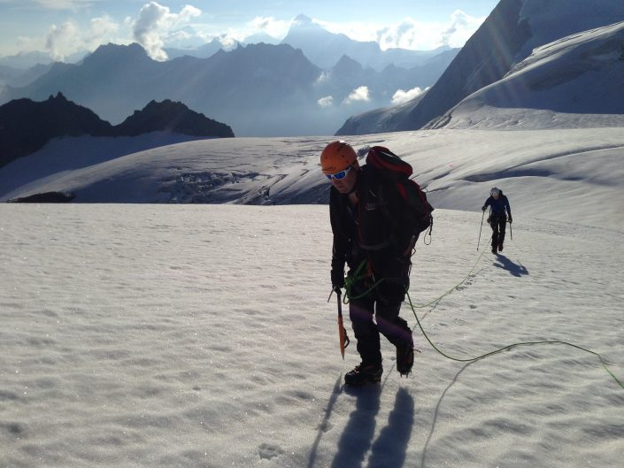 Mont Blanc de Cheilon, mountaineering, Mountaineering course, Chamonix ski guide, haute route, chamonix climbing, Chamonix freeride, Chamonix mountain guides, Swiss mountaineering