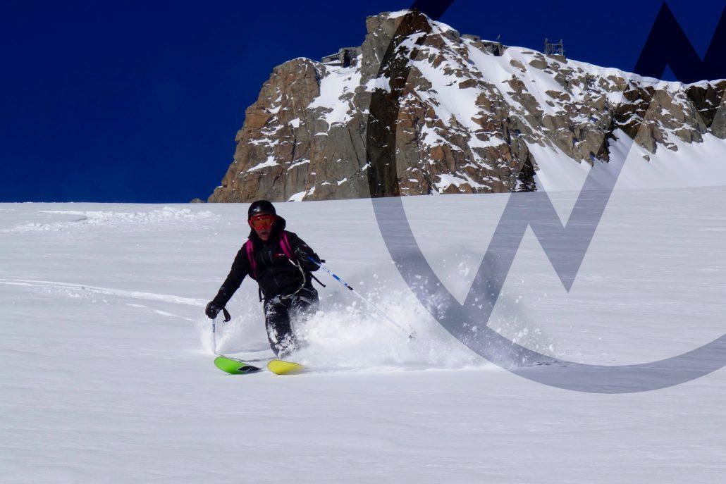 Mountain guide ski off-piste