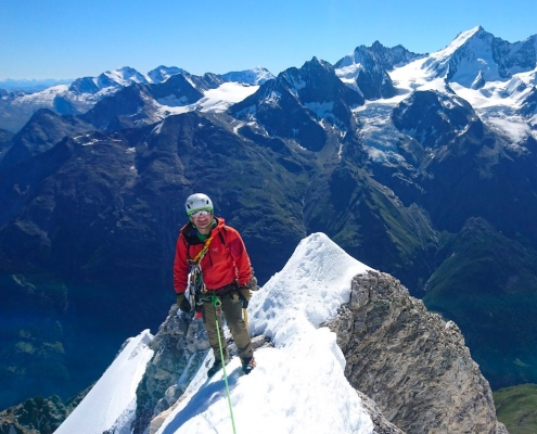 Valais Mountaineering, Mountaineering course, Chamonix ski guide, haute route, chamonix climbing, Chamonix freeride, Chamonix mountain guides, Swiss mountaineering